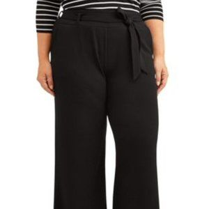 Pants - Black Crepe belted palazzo pant Plus size 2X NWT